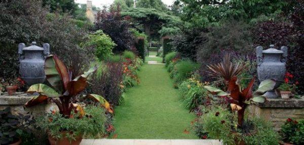 تنسيق حدائق الروضة