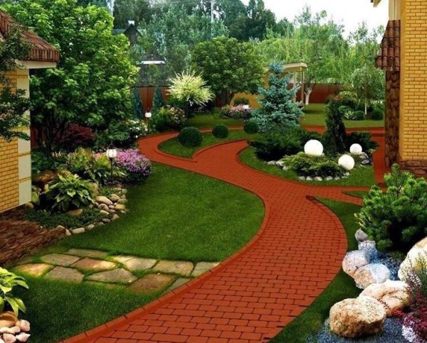 تنسيق حدائق حي الثغر